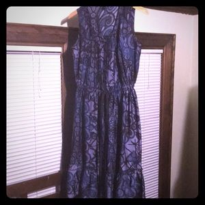 Bananas Republic size 4 purple printed dress